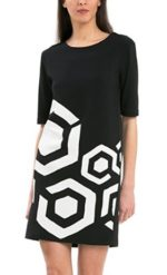 Vestido Desigual de mujer barato en oferta. 32,98 euros. Antes 109,94 euros
