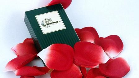petalos de rosa romanticos